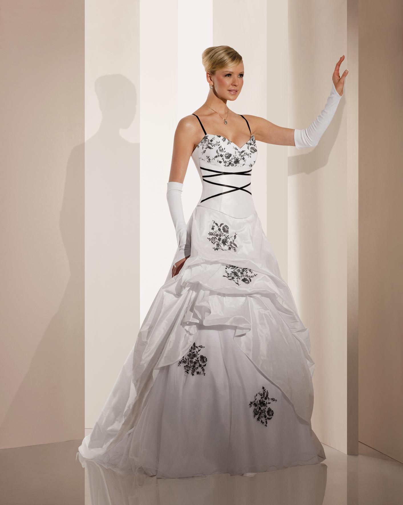 Robe mariee noir et blanche