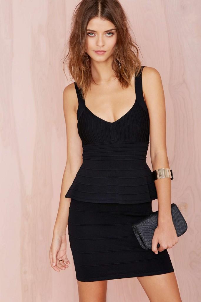 robe noir bustier courte