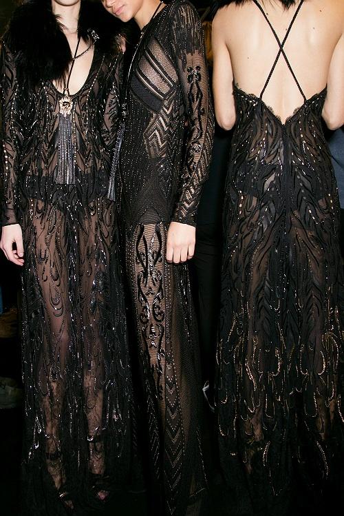 robe de soirée noire courte