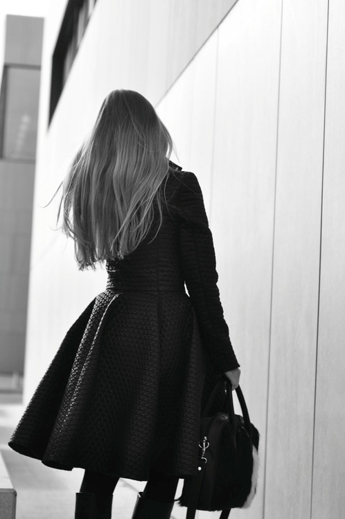 robe noire originale