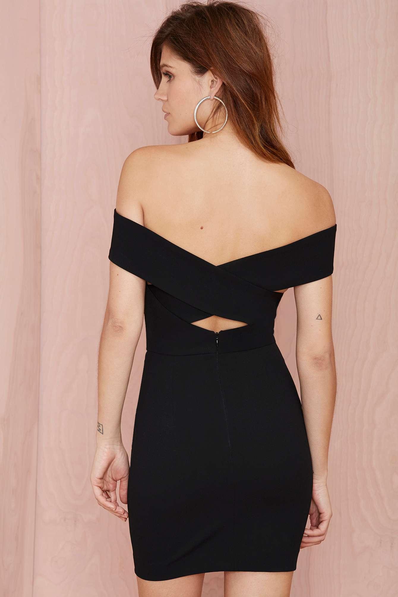 robe bustier courte noire. Black Bedroom Furniture Sets. Home Design Ideas